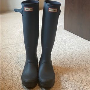 Hunters boots size 9